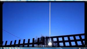 TheGiantWhiteLine.SuntheSun(C)NjRout9.36am21September2013-024-AntennaeCameraOperatingintheSky.