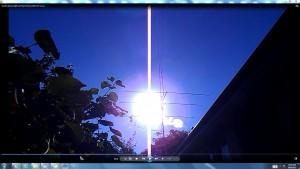 TheGiantWhiteLine.Sun.PinkFan.Sun&Cables(C)NjRout7.45pm15thJan2015 023 Coins.