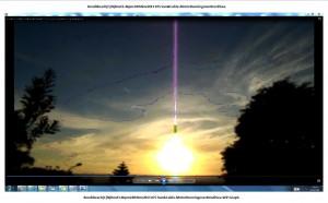 BondiBeach(C)NjRout3.46pm24thNov2013 075 Sun&Cable.MotorRunningoverBondiSea.WP.Graph.